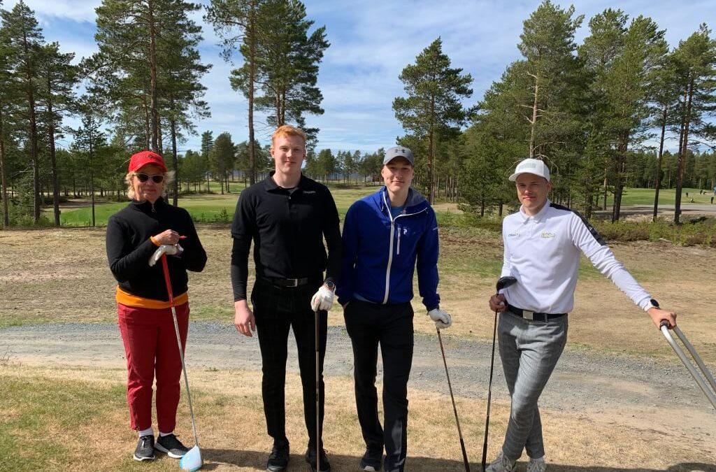 Jääkiekkoilijat Aku ja Aatu Räty sekä pesäpalloilija Roope Pöyry vierailivat Virpiniemi Golfissa!